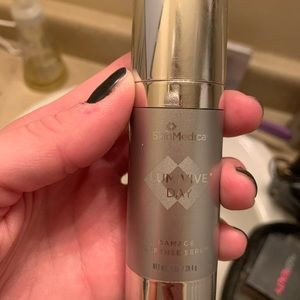 Skin medica lumivie day serum